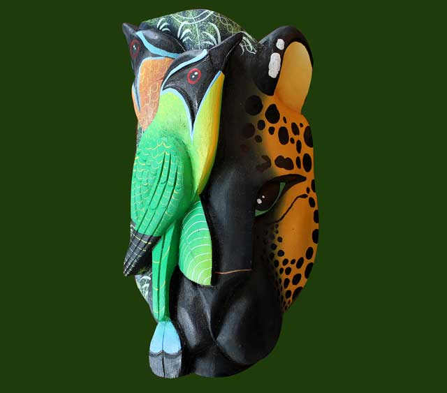 Jaguar and bird depicted in a Boruca mask by Ana Iris Elizondo Maroto.