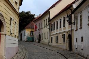 bratislava-old-town-graffiti
