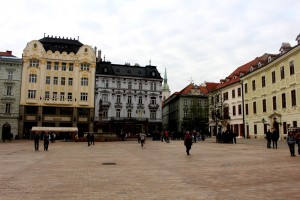 bratislava-old-town-square