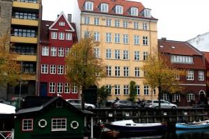 copenhagen-christianhavn-square-canal-houses-3