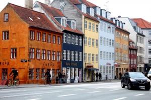 copenhagen-christianhavn-square-houses