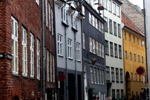 copenhagen-oldest-street-1