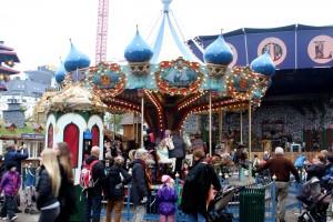 copenhagen-tovoli-carousel