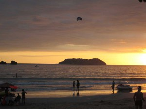 playa-espadilla-sunset-2