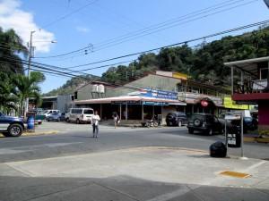 quepos-crossroads