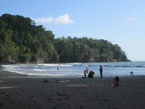 ojochal-beach