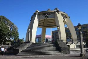 san-jose-social-benefits-plaza-arch