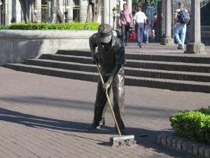 san-jose-street-sweeper-statue