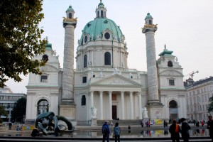 karlskirche-exterior